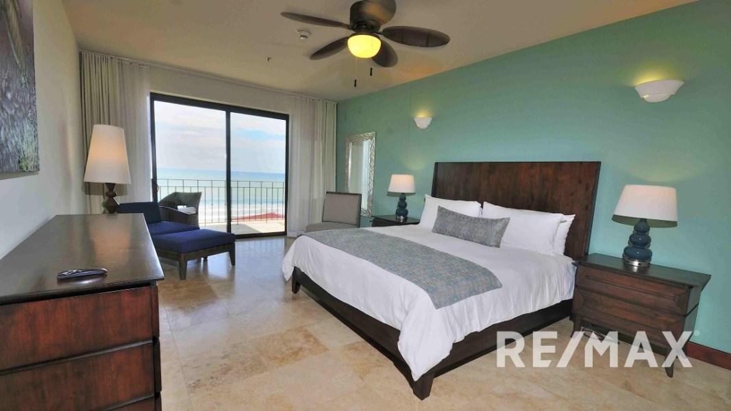 Remax real estate, Costa Rica, Jaco, Croc's Casino Resort One Bedroom Ocean View Condo