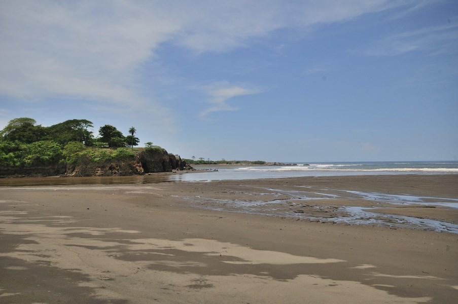 Remax real estate, Costa Rica, Tivives, Pristine Oceanfront Lot Ready to Build in Tivives