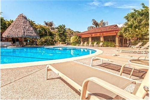 Remax real estate, Costa Rica, Los Suenos, La Colina Condo, Best View Condo Los Suenos Golf