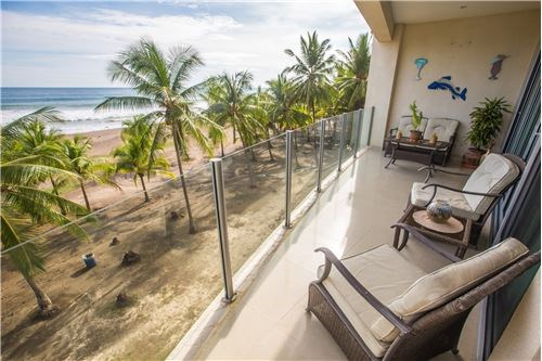 Remax real estate, Costa Rica, Jaco, DIAMANTE DEL SOL N303 ABSOLUTE OCEAN FRONT