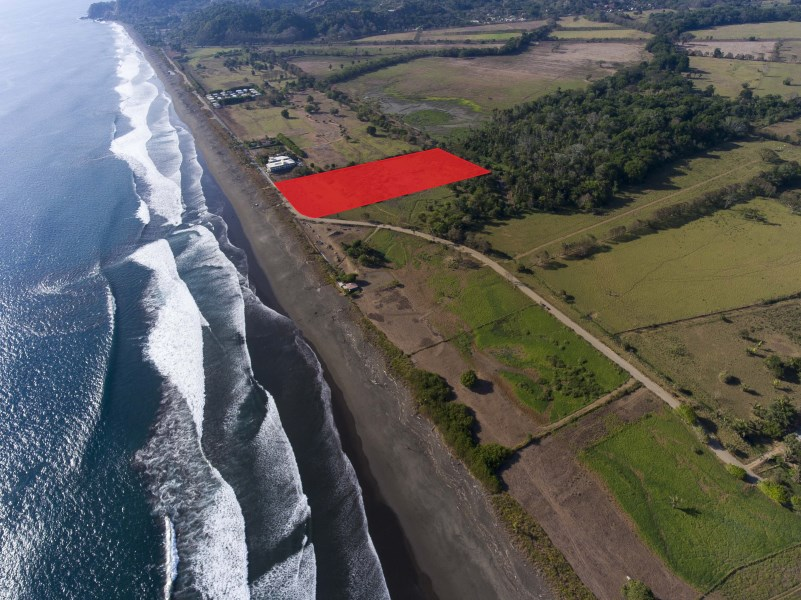 Remax real estate, Costa Rica, Hermosa Beach, 11 acre oceanfront development property in Hermosa