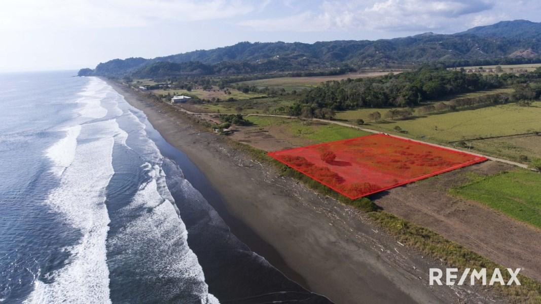 Remax real estate, Costa Rica, Hermosa Beach, Hermosa Beach Oceanfront Titled Development Lot