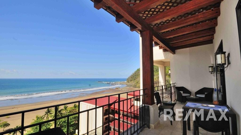 Remax real estate, Costa Rica, Jaco, Croc's Casino Resort unique 1-bedroom condo on the 8th floor