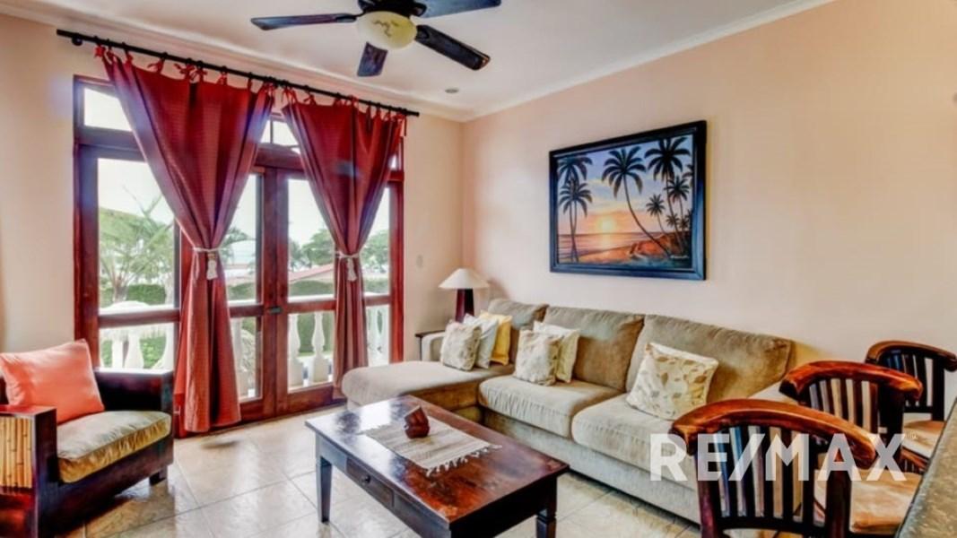 Remax real estate, Costa Rica, Jaco, La Paloma Blanca C2 Oceanfront Two Bedroom Condo