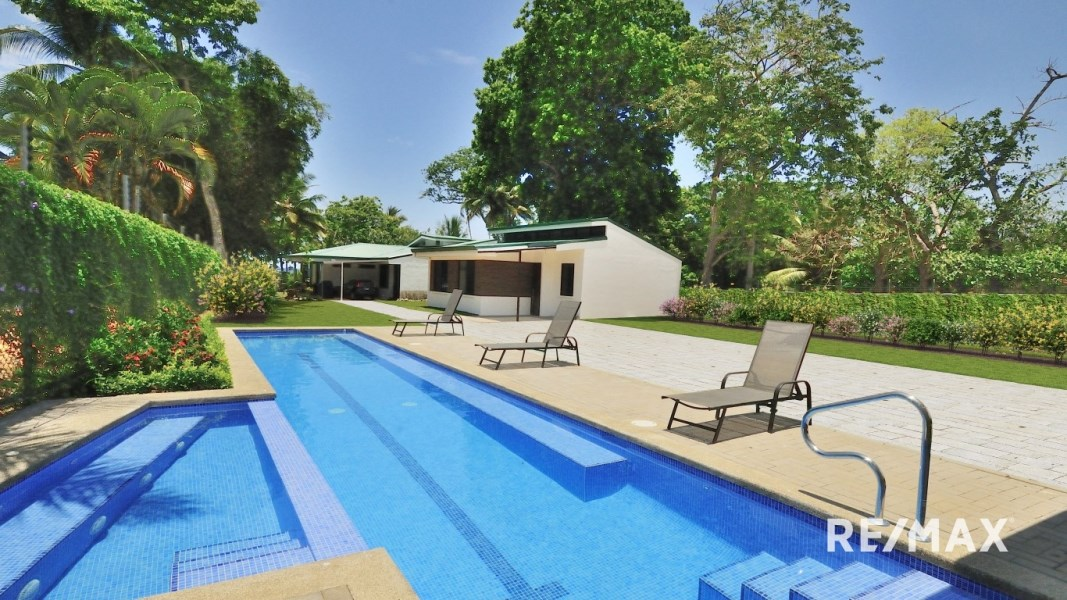 Remax real estate, Costa Rica, Jaco, Villas Colorada Beach Access New Construction