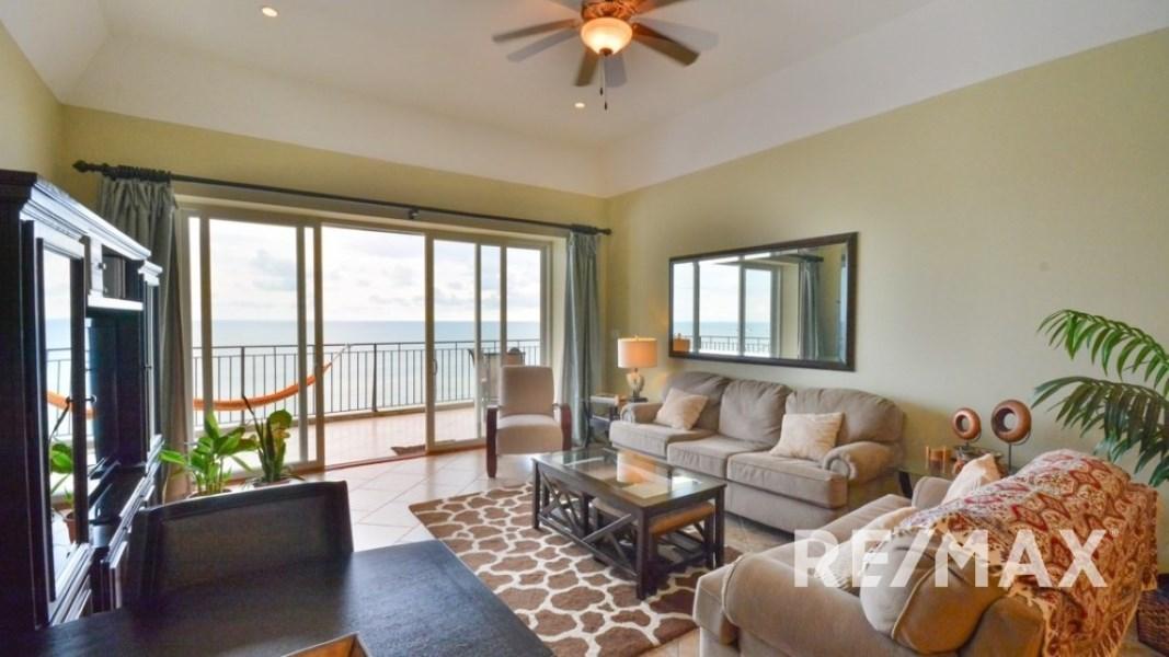 Remax real estate, Costa Rica, Jaco, Vista Las Palmas 10th floor Three Bedroom