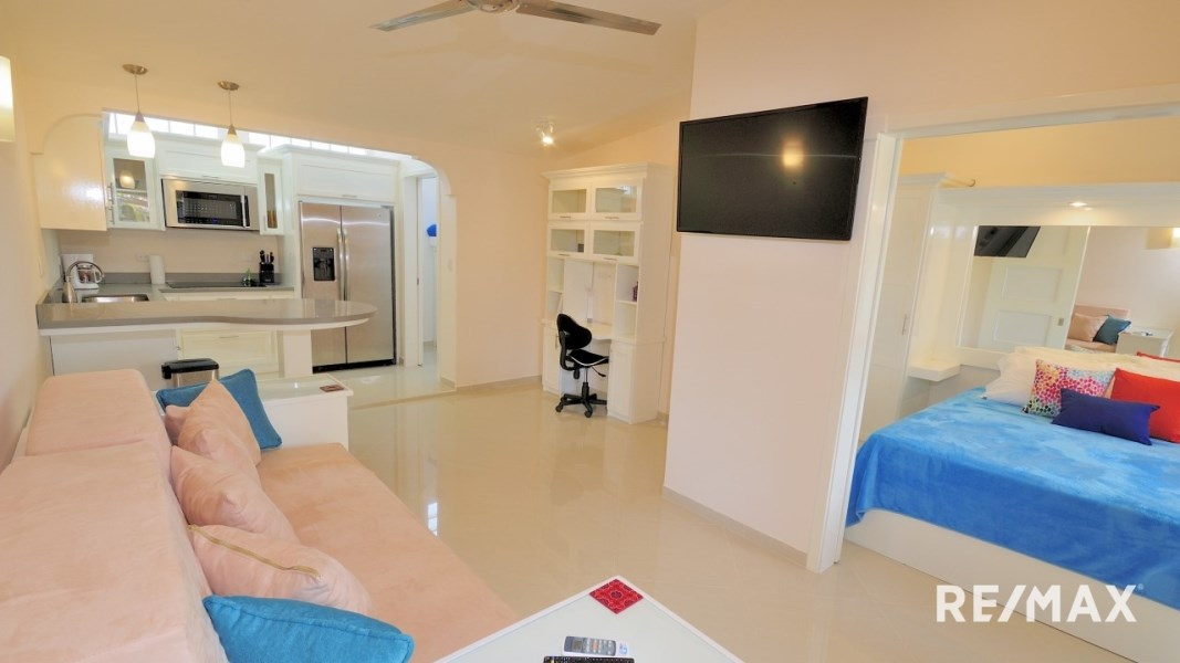 Remax real estate, Costa Rica, Jaco, Paradise Condo C15 remodeled with Seller Financing