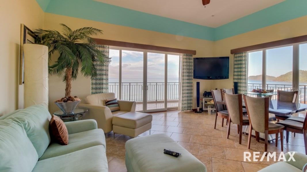 Remax real estate, Costa Rica, Jaco, Vista Las Palmas 7D Jaco Beach Condo
