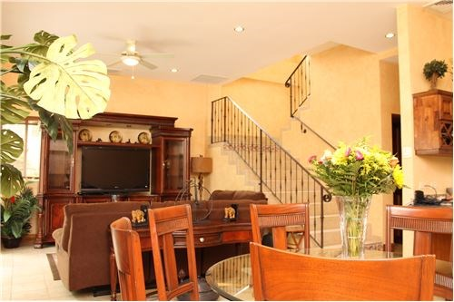Remax real estate, Costa Rica, Herradura, Townhouse with Luxurious finishes and pool