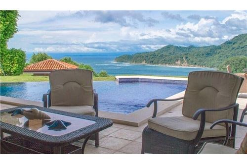 Remax real estate, Costa Rica, Herradura, Indoor Outdoor Paradise living