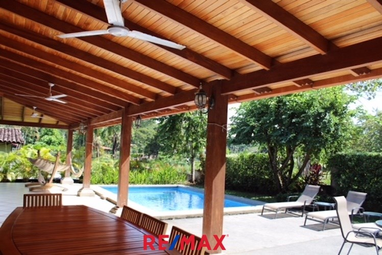 Remax real estate, Costa Rica, Hermosa Beach, Private home corner lot safe gated community