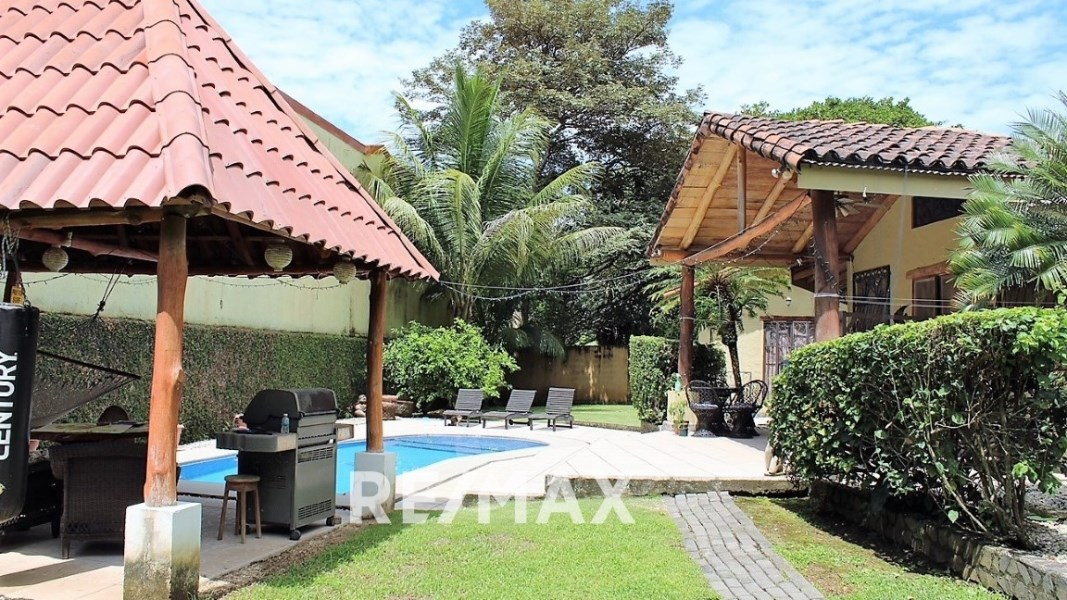 Remax real estate, Costa Rica, Hermosa Beach, Private home gated community