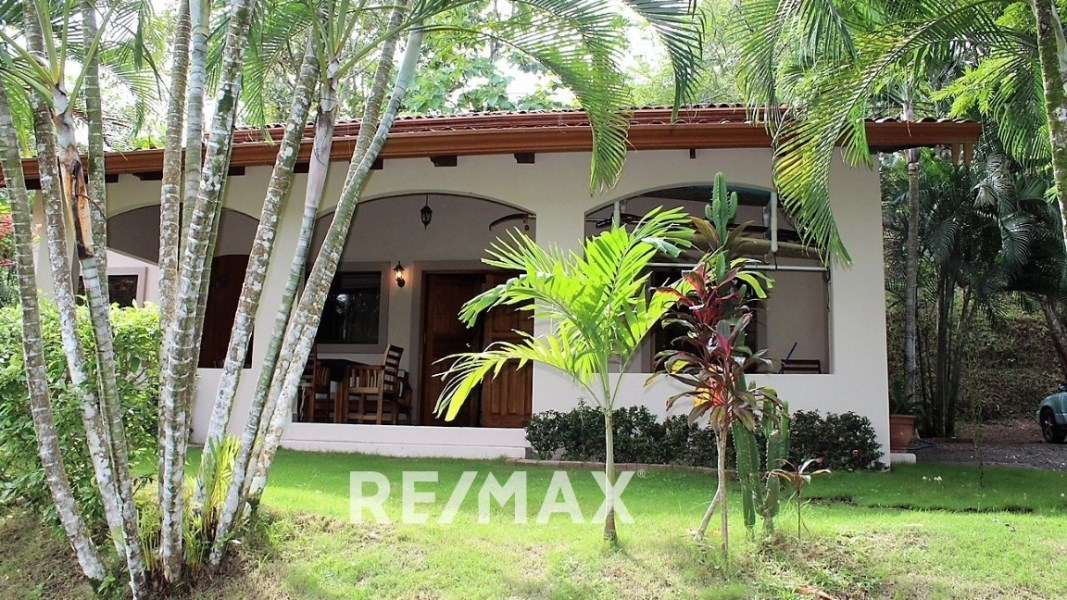 Remax real estate, Costa Rica, Hermosa Beach, Secluded jungle home gated community
