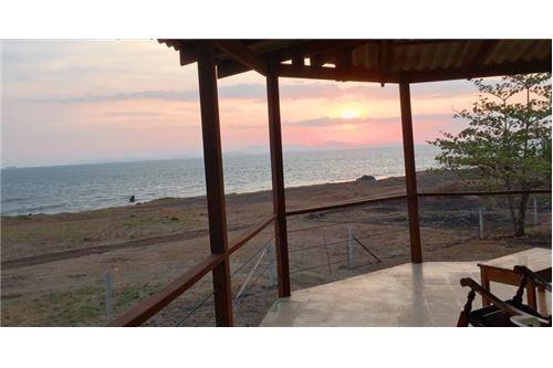 Remax real estate, Costa Rica, Bajamar, Diamond on the Bluff