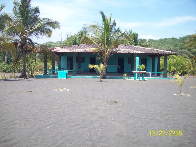 Remax real estate, Costa Rica, Bajamar, Oceanfront Property with 2 Houses
