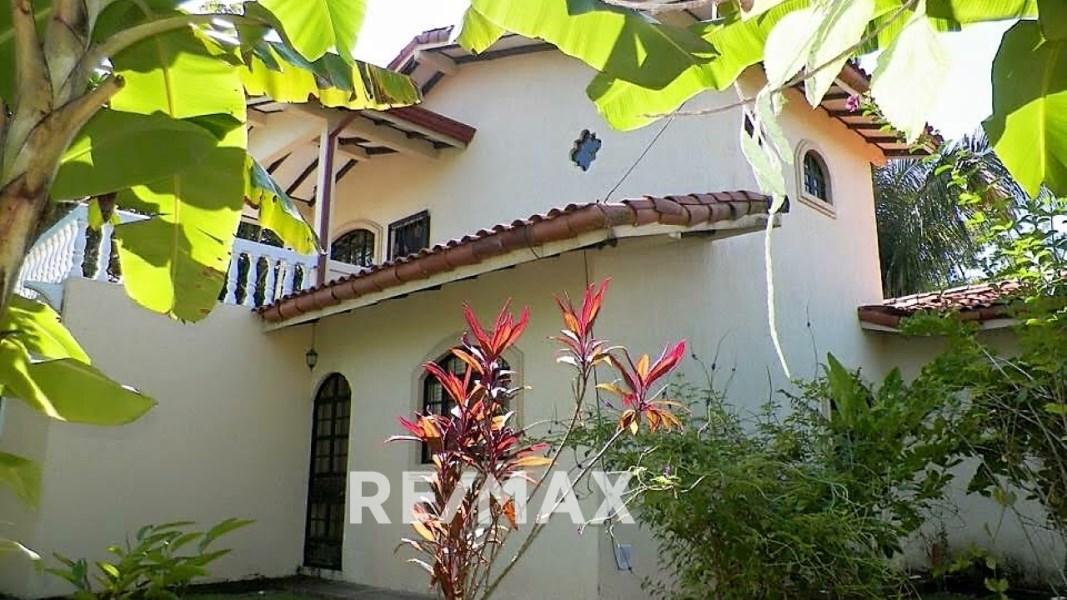 Remax real estate, Costa Rica, Esterillos, Private 3 bedroom home gated community