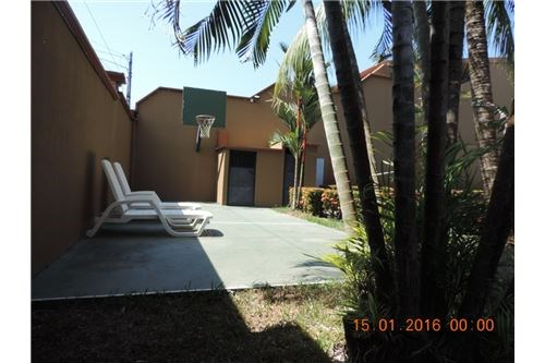 Remax real estate, Costa Rica, Quebrada Ganado, Nice House near different beaches!