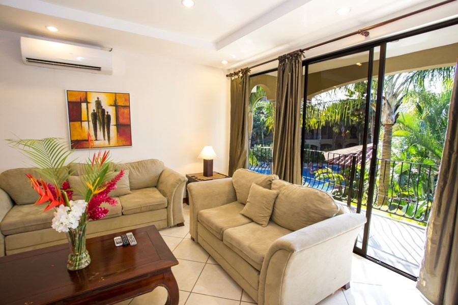 Remax real estate, Costa Rica, Jaco, Montecarlo Pool and Mountain View!