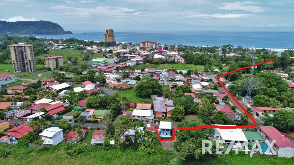 Remax real estate, Costa Rica, Jaco, House for Sale in Jaco Beach walking distance to beach and shops!