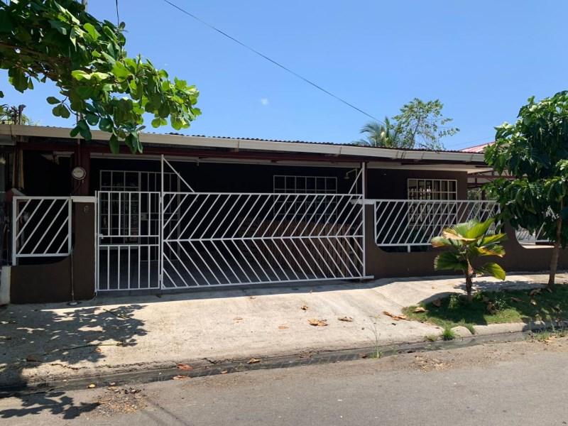 Remax real estate, Costa Rica, Puntarenas, Fixer Upper Jaco Downtown – 3 bedroom 3 bathroom