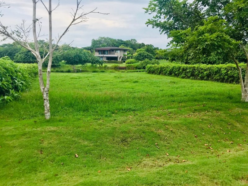 Remax real estate, Costa Rica, Hermosa Beach, Hermosa Mistico Gated Community Lake View Lot