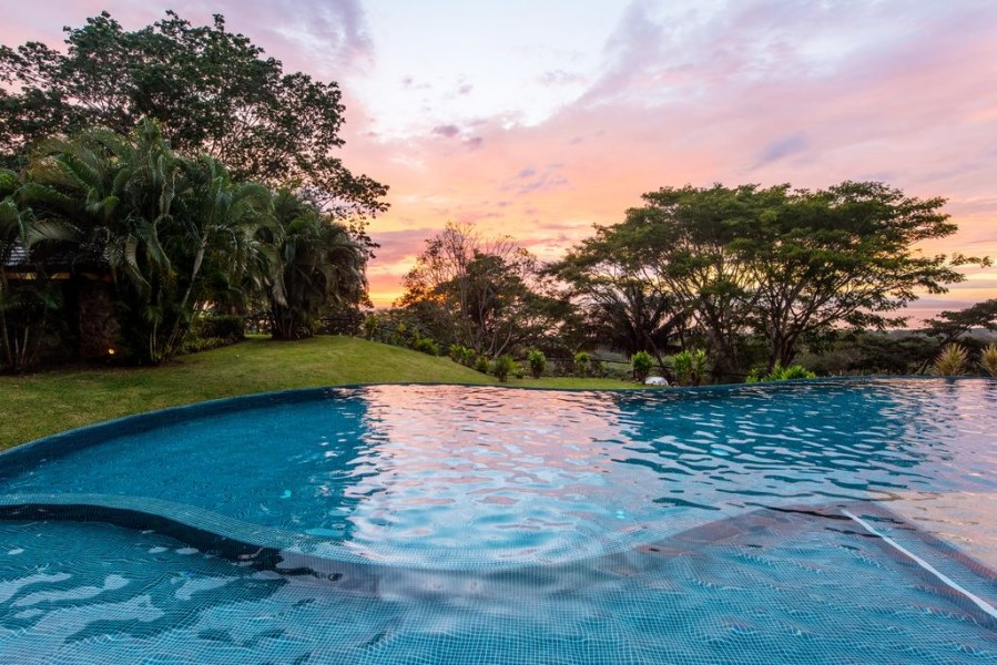 Remax real estate, Costa Rica, Tarcoles, Ocean view condo surrounded by nature