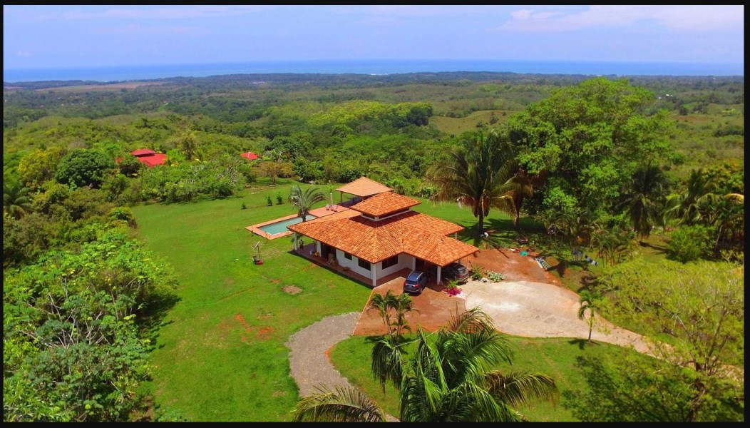 Remax real estate, Costa Rica, Puntarenas, Panorama view home with ocean views, white water views and mountain views