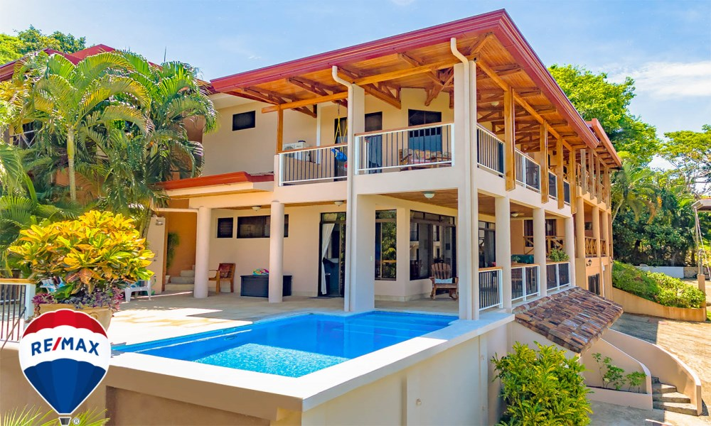 Remax real estate, Costa Rica, Esterillos, Ocean View Home walk to beach titled