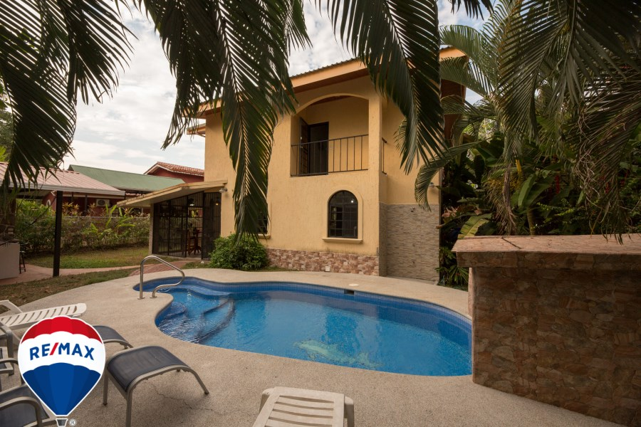 Remax real estate, Costa Rica, Esterillos, Nicest home in the Hills of Esterillos