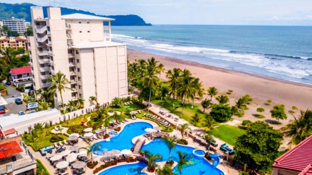 Remax real estate, Costa Rica, Jaco, Jaco North Beach 7th Floor Condo, Amazing Views, Beachfront