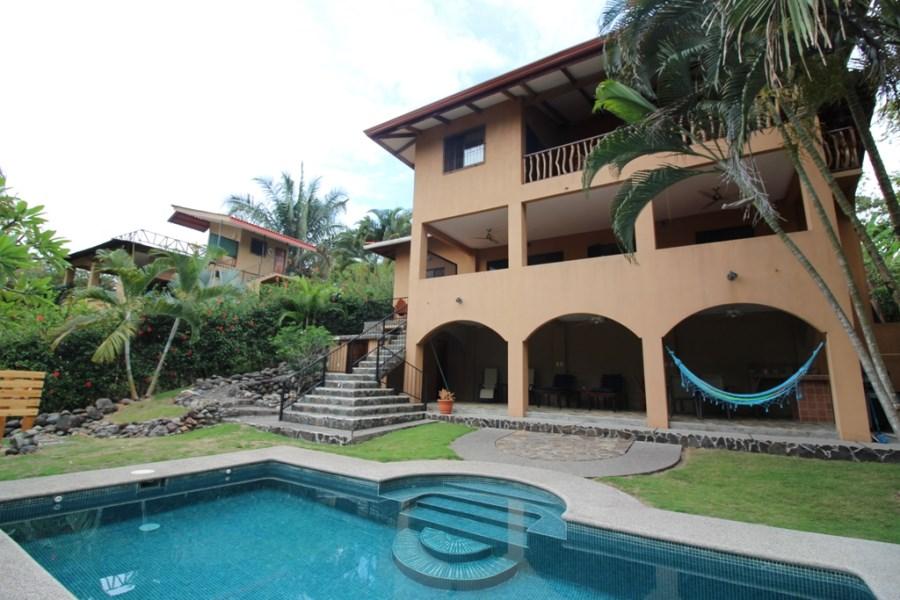 Remax real estate, Costa Rica, Puntarenas, Esterillos Beach and Jungle Hacienda, w. swimming pool