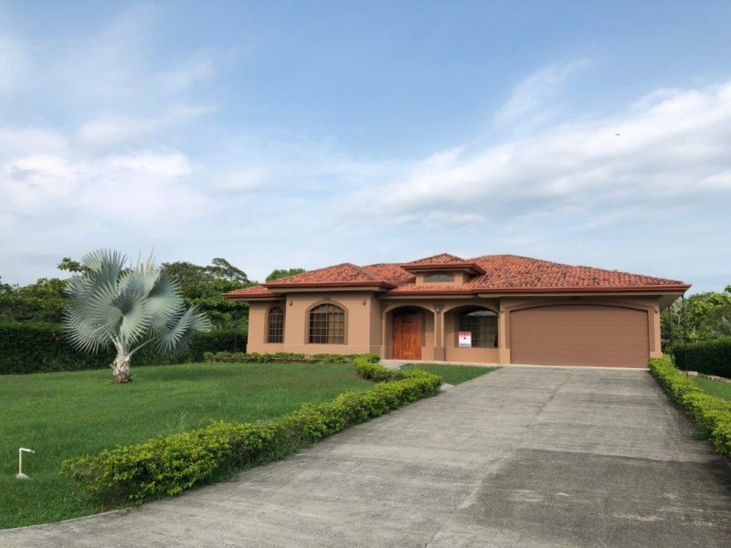 Remax real estate, Costa Rica, Esterillos, CASA DEL REY  Beautiful Home w. pool, BIG lot, beach one mile away