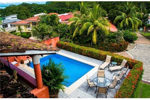 Remax real estate, Costa Rica, Punta Leona, Beautiful  colonial style House at the beach