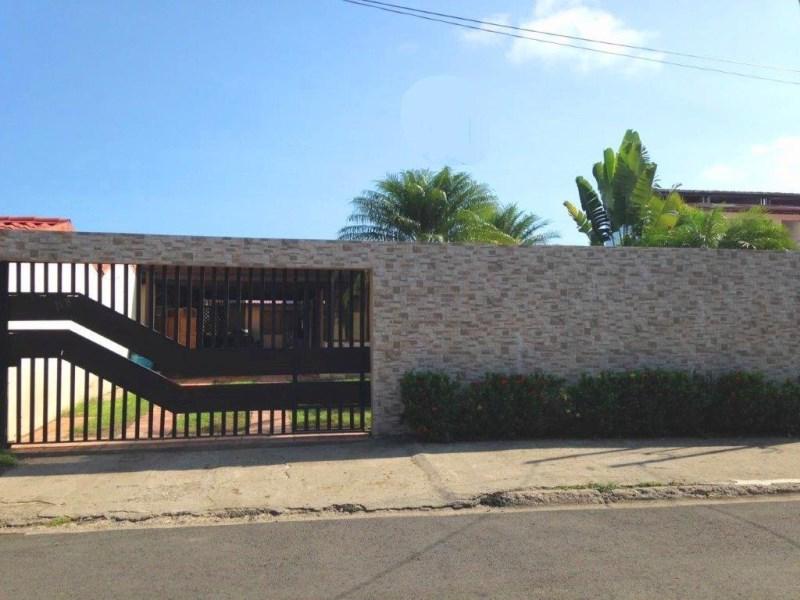Remax real estate, Costa Rica, Jaco, SIX BEDROOM Jaco Beach  B & B House