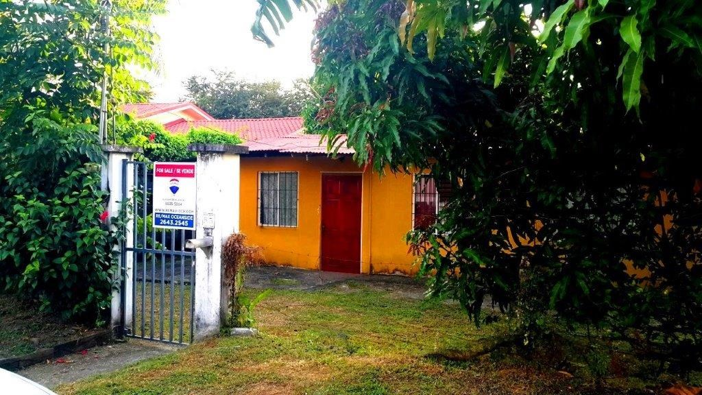 Remax real estate, Costa Rica, Jaco, Jaco Beach Fixer Upper HOUSE Residential Community