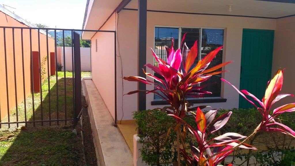 Remax real estate, Costa Rica, Jaco, JACO HOUSE 3 bedrooms 2 blocks beach walk distance