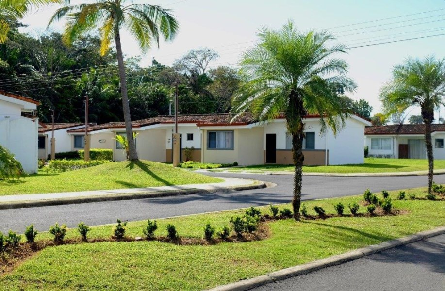 Remax real estate, Costa Rica, Bejuco, BEJUCO BEACH walking distance two bedroom  HOUSE