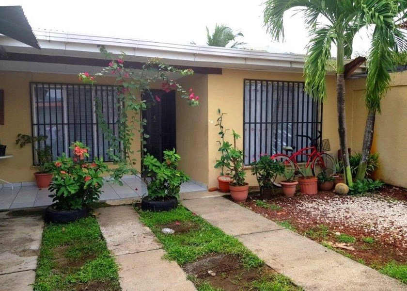Remax real estate, Costa Rica, Jaco, Jaco Beach Downtown 5 Bedroom House