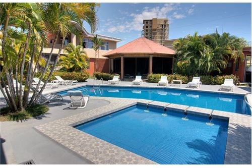 Remax real estate, Costa Rica, Jaco, Hotel for Sale in Downtown Jaco