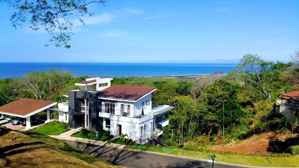 Remax real estate, Costa Rica, Tarcoles, Nativa full ocean view lot ready to build