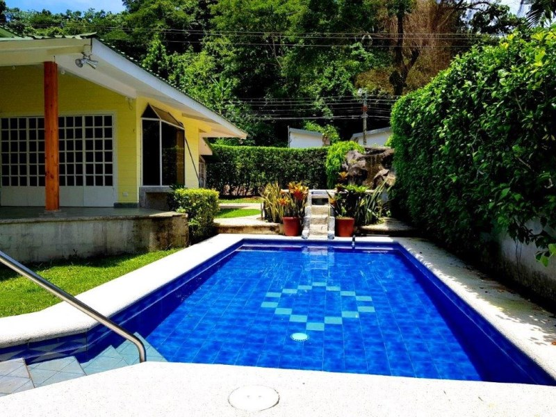 Remax real estate, Costa Rica, Punta Leona, Punta Leona Cozy Beach house with pool and large yard