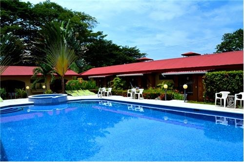 Remax real estate, Costa Rica, Jaco, 10 Room Hotel with Restaurant Close to the Beach