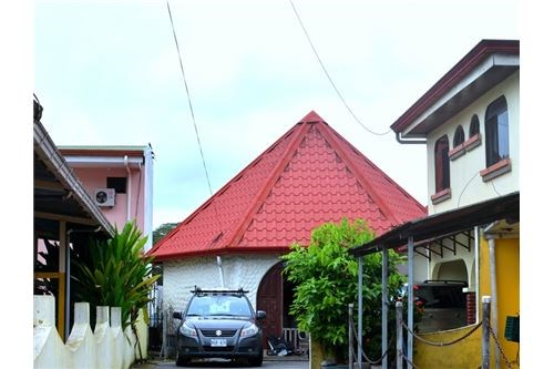 Remax real estate, Costa Rica, Jaco, Multifamily 2 Duplex and a House With Pool for Sale in Downtown Jaco
