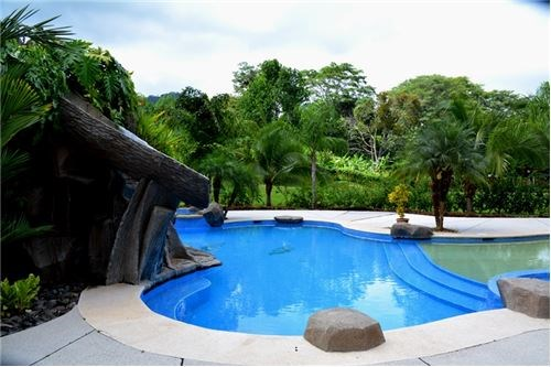 Remax real estate, Costa Rica, Quebrada Ganado, Gated Community Lot Close to the Beach is for Sale with Floor Plans!!!