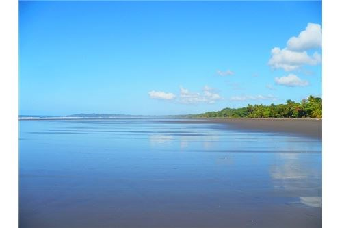 Remax real estate, Costa Rica, Esterillos, Vacant Land, Ready to Build and Close to the Beach!