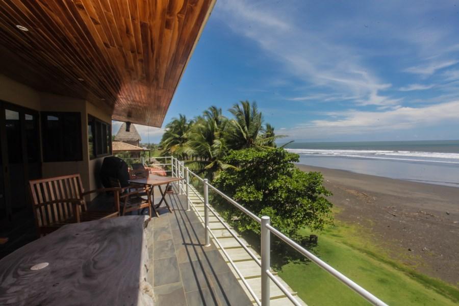 Remax real estate, Costa Rica, Hermosa Beach, Beachfront house for sale in Hermosa Beach | Hermosa Palms