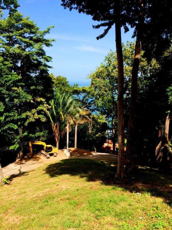 Remax real estate, Costa Rica, Puntarenas, Punta Leona panoramic view titled lot for sell