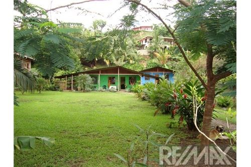Remax real estate, Costa Rica, Puntarenas, A little piece of paradise: House and Cabina