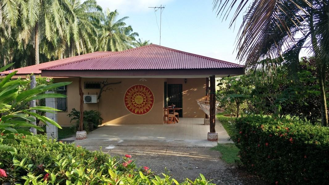 Remax real estate, Costa Rica, Parrita, Parrita Bandera Beach 2 bedroom house