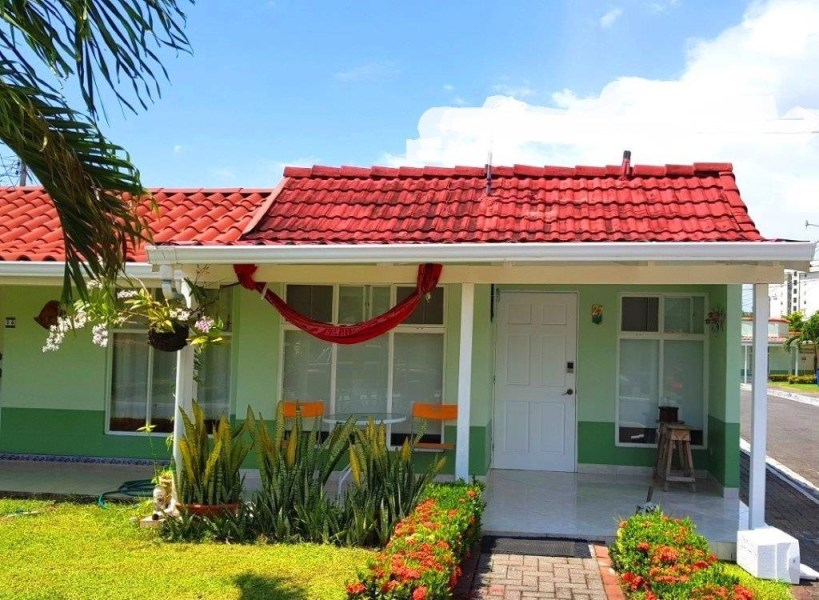 Remax real estate, Costa Rica, Jaco, Jaco Beach tiny house one bedroom great rental income condo